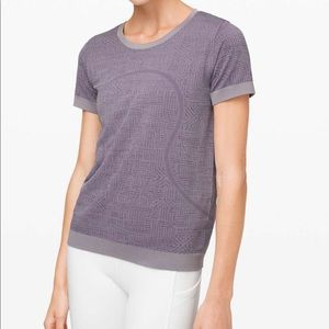 New LULULEMON Swiftly Relaxed SS Purple Gray 8